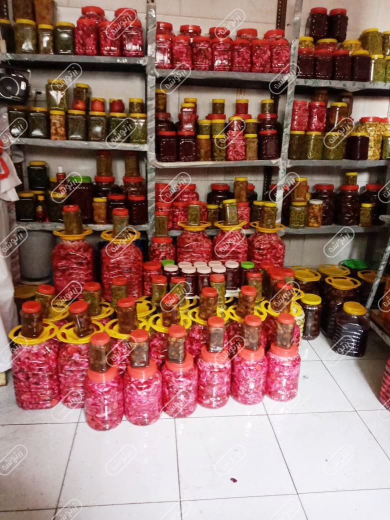 فروش ترشیجات در ساری